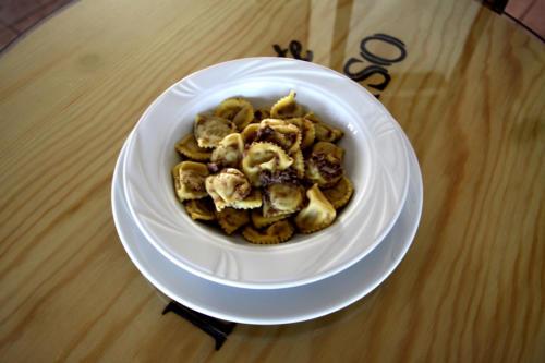 i classici ravioli di brasato